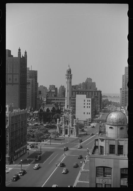 [Untitled photo, possibly related to: Stop light, Michigan Avenue, Chicago, Illinois]