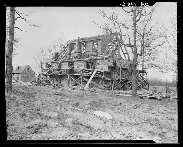 Construction at Cumberland Homesteads. Crossville, Tennessee