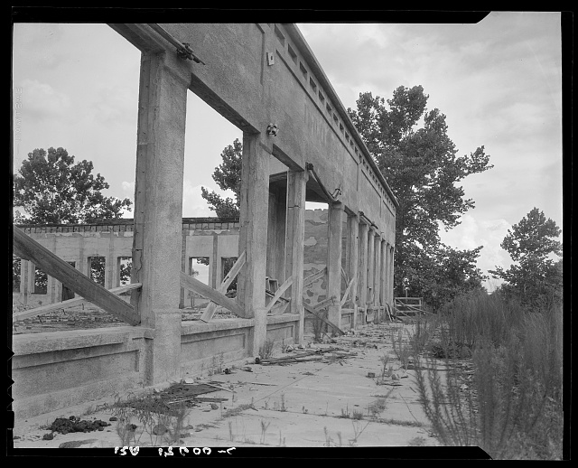 Remains of drug store at Fullerton, Louisiana, an abandoned lumber town