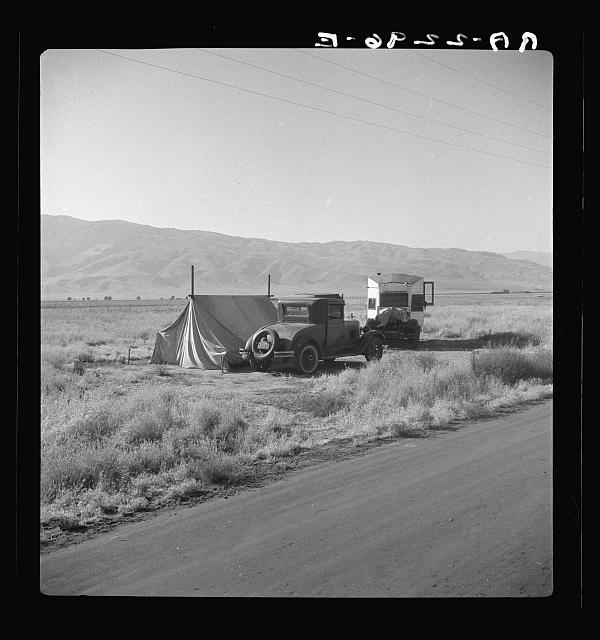 Transient potato workers camping along the highway. Near Shafter, California