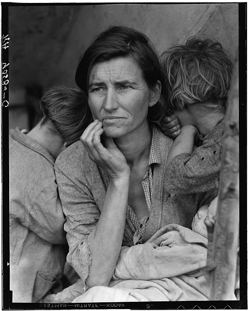 Migrant Mother photographed by Dorothea Lange