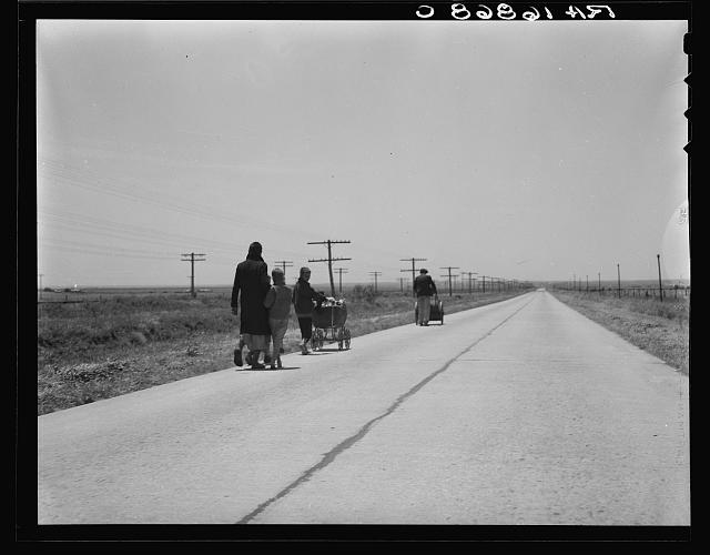 Flood refugees, four miles out of Memphis. Hall County, Texas