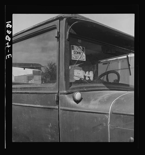 "Note on campaign ""Olson for Governor, 1938."" Car of migrant agricultural worker on strike for wage increase in cotton. Bakersfield, California"