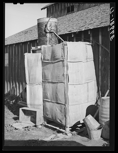 Improvised shower on farm of Elof Hansen. Yuba County, California