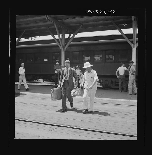 Passengers leaving station in northwestern Florida