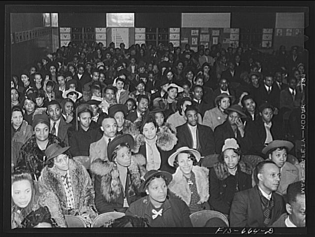 Chicago, Illinois. Ida B. Wells Housing Project. Meeting of the tenants
