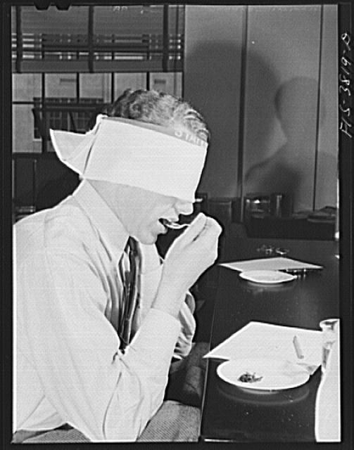 Blindfold test for flavor of cooked dehydrated spinach. Regional agricultural research laboratory, Albany, California