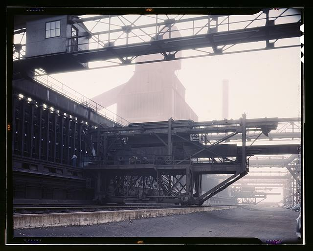Hanna furnaces of the Great Lakes Steel Corporation, Detroit, Mich. Coal pusher apparatus with coal storage