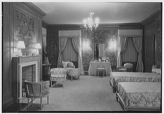 John N. Conyngham, Hayfield Farm, residence in Lehman Township, Pennsylvania. Blue bedroom, general