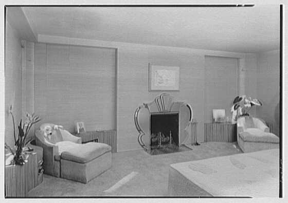 William Burden, Jr., residence at 10 Gracie Sq., New York City. Bedroom, to fireplace, room illumination