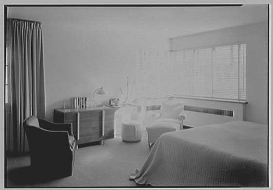 Thomas S. Holden, residence on Tory Hill Rd., Darien, Connecticut. Guest room, to desk