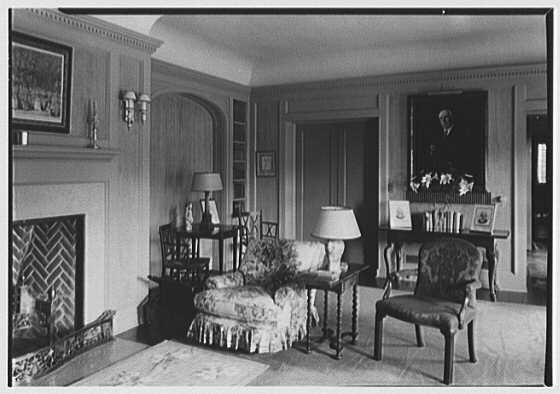 Mr. and Mrs. Joseph S. Graydon, Cobble Court, residence at Drake and Brill Rds., Cincinnati, Ohio. Morning room, to portrait I