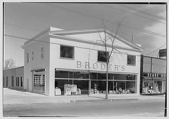Broder's, business in Huntington, Long Island, New York. Exterior