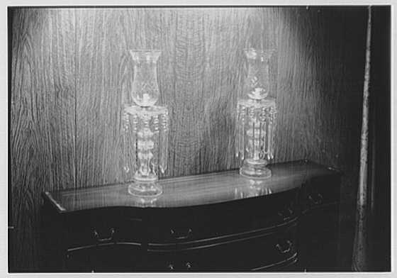 Sterling Advertising Agency, Inc., 70 W. 40th St., New York City. Hurricane lamps