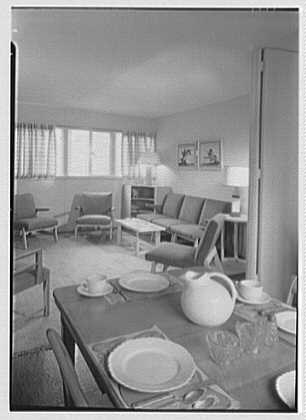 Harmon Homes, Phoenixville, Pennsylvania. Dinette, to living room, house I