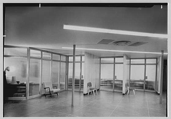 L Motors, business at 175th St. and Broadway, New York City. Interior VI