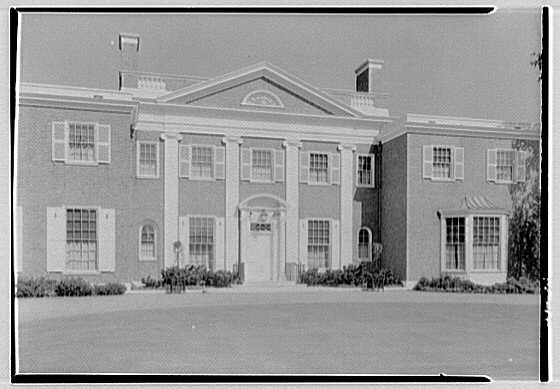 Roy D. Chapin, residence at 447 Lake Shore, Grosse Pointe Farms, Michigan. Entrance facade, center section
