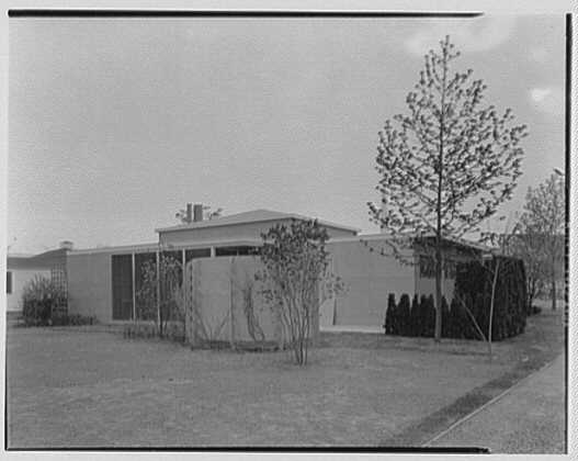 World's Fair, Plywood House. Exterior rear