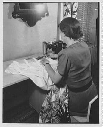 Hilda Kassell, E. 53rd St., New York City. Sewing machine at Emma Cole's residence