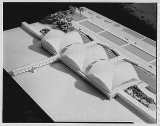 St. Louis Airport model. III