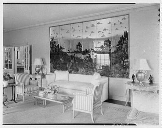 Mrs. Samuel Welldon, residence at 1 Sutton Place South, New York. Living room side wall
