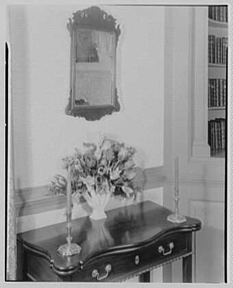 Williamsburg, Virginia, Wythe house. Parlor arrangement