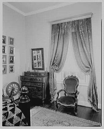 President James K. Polk, residence in Columbia, Tennessee. Guest room