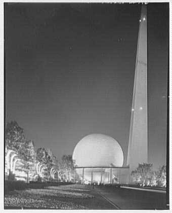 World's Fair night views. Lighting stands and theme center