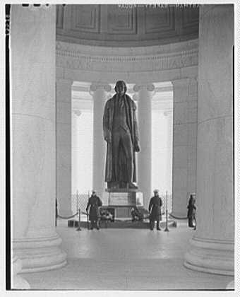 Jefferson Memorial, Washington, D.C. Statue through columns, with soldiers