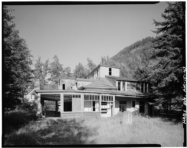 43.  PULLEN HOUSE INN (1899), LOOKING NORTH - City of Skagway, Skagway, Skagway, AK