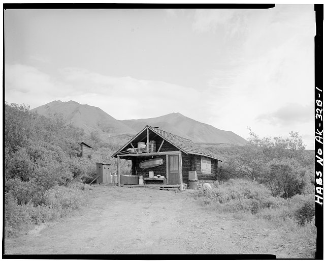 1.  FRONT, LOOKING EAST - Mount McKinley Patrol, Upper East Fork Cabin No.29, East Fork Toklat River, mile 43, Cantwell, Denali Borough, AK