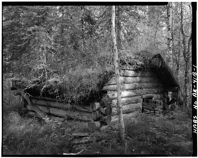 1.  WEST SIDE AND SOUTH FRONT - James Taylor Dog Barn, Yukon River, Opposite 4th of July Creek, Eagle, Southeast Fairbanks Census Area, AK