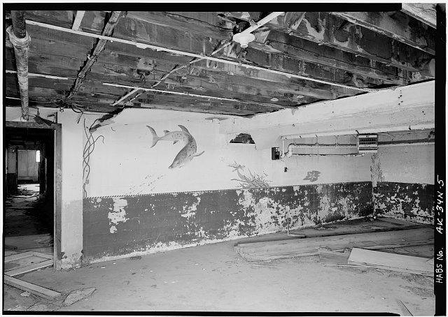 5.  INTERIOR, BASEMENT, SHOWING MURAL IN LOUNGE - Naval Operating Base Dutch Harbor & Fort Mears, Naval Radio Station Apartment Building, Unalaska, Aleutian Islands, AK