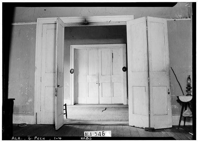 4.  Historic American Buildings Survey W. N. Manning, Photographer, July 19, 1935. VIEW ACROSS HALL, TOWARD NORTH, SHOWING FOLDING DOORS - Seale-Mosley House, County Road 40 (moved from original location), Peachburg, Bullock County, AL