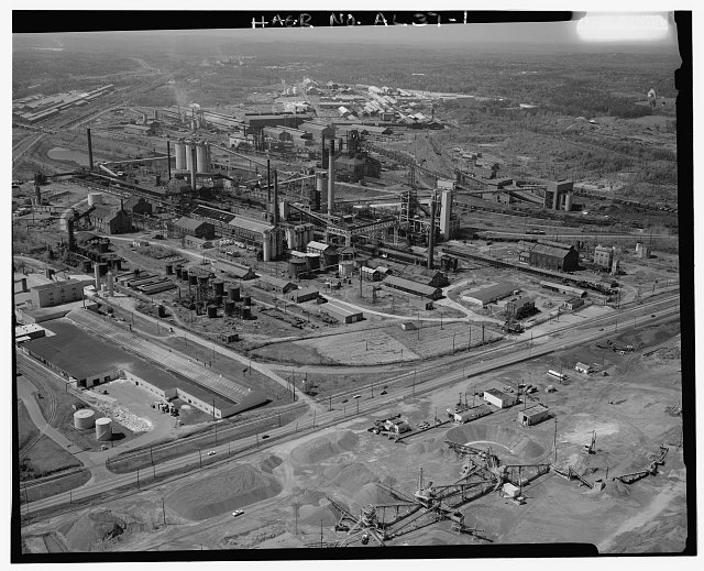 AERIAL VIEW, LOOKING EAST. - Tennessee Coal & Iron Company, Fairfield Works, North of Valley Road, west of Ensley-Pleasant Grove Road, Fairfield, Jefferson County, AL