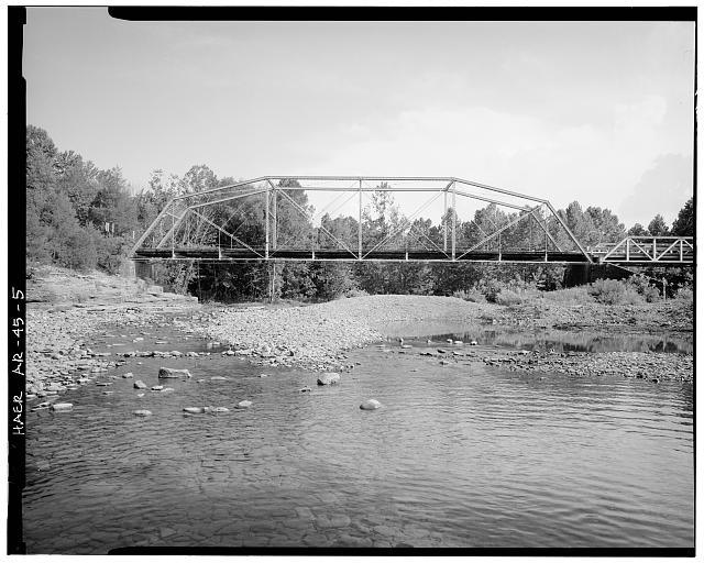 5.  GENERAL VIEW OF BRIDGE, LOOKING SOUTH - Lee Creek Bridge, Spanning Lee Creek at State Highway No. 220, Chester, Crawford County, AR