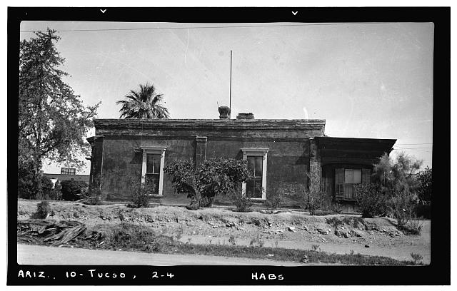 4.  Historic American Buildings Survey Frederick D. Nichols, Photographer August 1937 SOUTH ELEVATION - Ballantyne Robinson House, Military Plaza (141 South Fifth Avenue), Tucson, Pima County, AZ