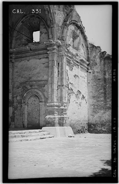 13.  Historic American Buildings Survey Photographed by Henry F. Withey June 1936 STONE CHURCH, PILASTERS AT EAST (RIGHT) OF SANCTUARY - Mission San Juan Capistrano, Stone Church, Olive Street, between U.S. Highway 101 & Main Street, San Juan Capistrano, Orange County, CA