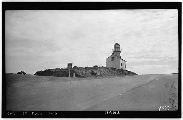 6.  Historic American Buildings Survey H. C. White, Photographer Dec. 6, 1934 APPROACH TO POINT LOMA LIGHT, LOOKING SOUTH. - Point Loma Lighthouse No. 355, (moved), San Diego, San Diego County, CA