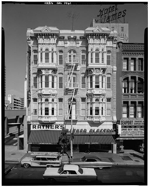 1.  Historic American Buildings Survey Marvin Rand, Photographer August 1971 WEST (FRONT) ELEVATION - Bank of Commerce Building, 835 Fifth Avenue, San Diego, San Diego County, CA