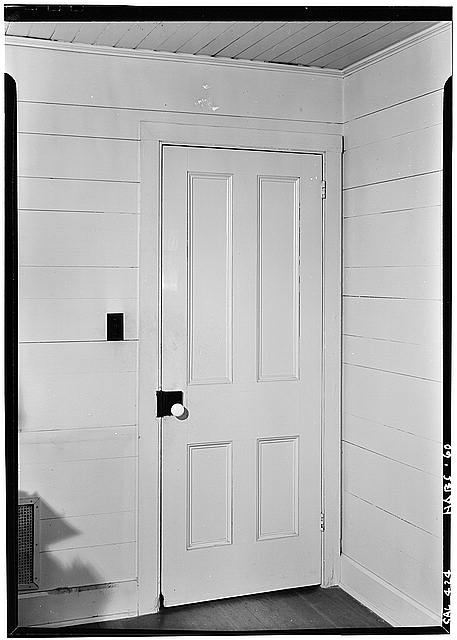 5.   October 1960 DETAIL OF DOOR (Living Room - Southeast Corner) - George Derby House, 4017 Harney Street, San Diego, San Diego County, CA