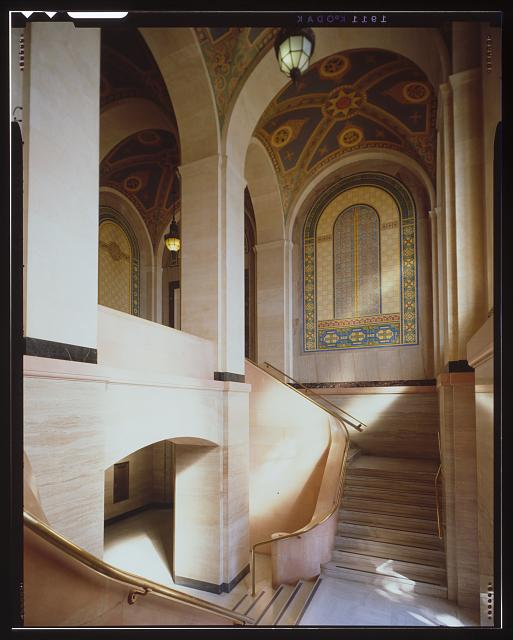 Monica Griesbach, Photographer August 1997. VIEW OF LOS ANGELES CITY HALL SECOND FLOOR SOUTH LOBBY AND STAIR, FACING NORTHEAST. - Los Angeles City Hall, 200 North Spring Street, Los Angeles, Los Angeles County, CA