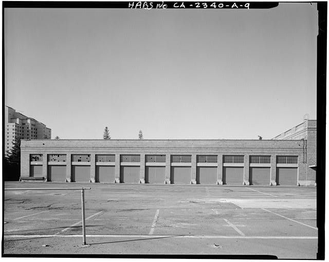 View of loading dock portion of Railway Express Building, looking to the south. Two story portion visible at right (west) - Southern Pacific Railroad Depot, Railroad Terminal Post Office & Express Building, Fifth & I Streets, Sacramento, Sacramento County, CA