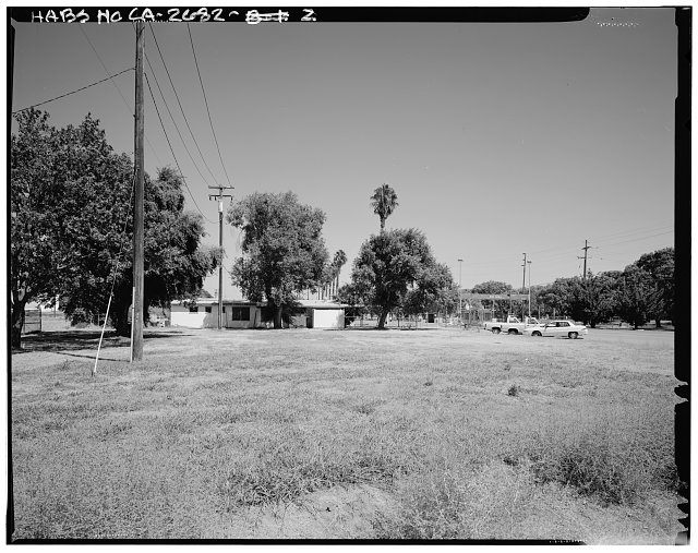 General view of movable span, from civilian side, looking northwest. - Naval Supply Annex Stockton, Rough & Ready Island, Stockton, San Joaquin County, CA
