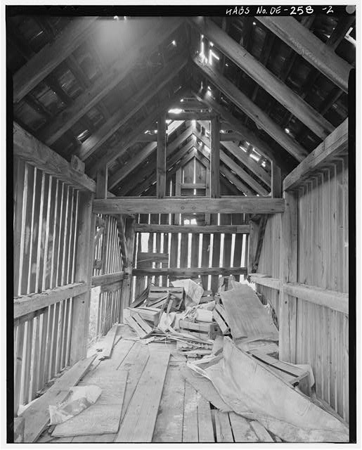 First floor: view of interior of crib walls and framing looking northeast - J. Moore Farmstead, Corncrib, East side of Route 13, south of Odessa, Odessa, New Castle County, DE