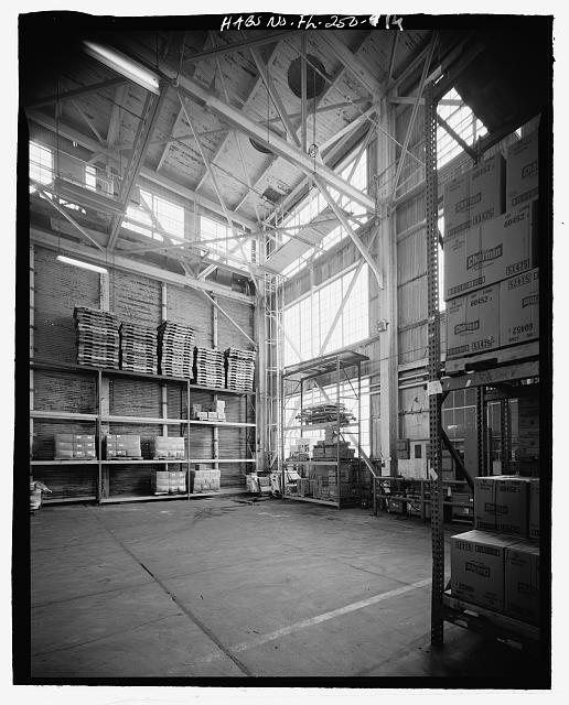 INTERIOR DETAIL OF NORTHWEST CORNER - U.S. Naval Air Station, Aircraft Repair Shop, Pensacola, Escambia County, FL