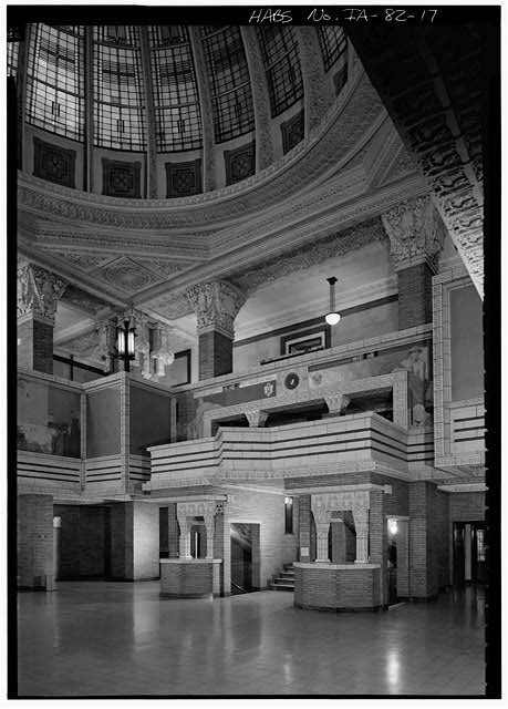 17.  INTERIOR, ROTUNDA, GENERAL VIEW FROM THE EAST - Woodbury County Courthouse, Seventh & Douglas Streets, Sioux City, Woodbury County, IA
