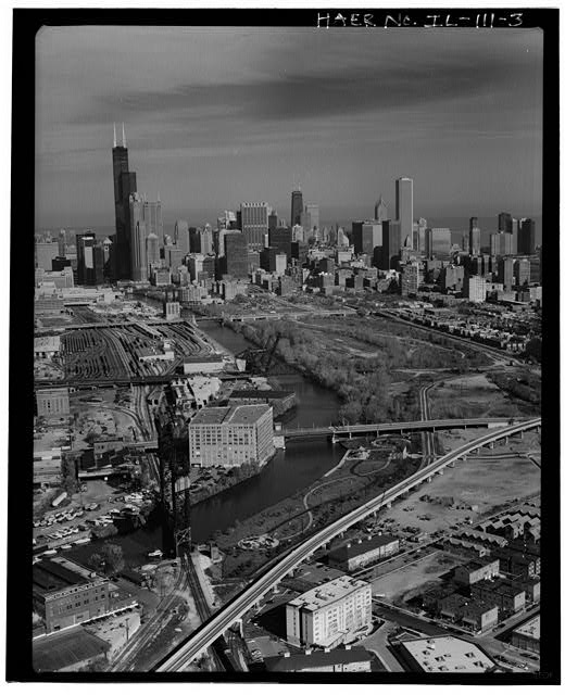 South branch looking NNE toward loop. PRR Bridge # 458 in foreground. - Chicago River Bascule Bridges, Spanning Chicago River & its north & south branches, Chicago, Cook County, IL