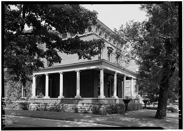 August 1970 GENERAL VIEW FROM SOUTHEAST - Benjamin Harrison House, 1230 North Delaware Street, Indianapolis, Marion County, IN