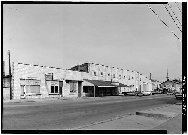 1.  GENERAL VIEW FROM SOUTHEAST OF EAST FACADE - Buckeye Manufacturing Company, Columbia Avenue, Anderson, Madison County, IN